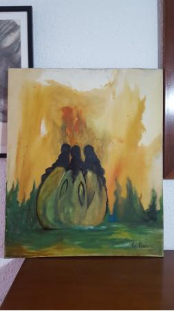 Mujeres alrededor de fuego