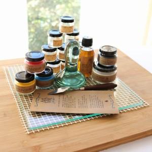 Conjunto  de materiales para preparar pintura al óleo