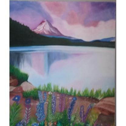 Lago con montaña y bosque
